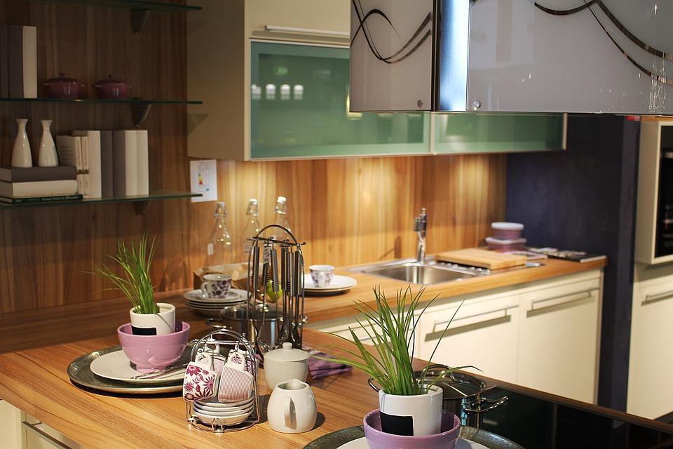 Alcuni semplici passaggi per rinnovare la tua cucina Guarda