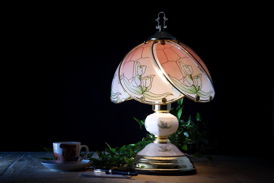 Lampade da tavolo contemporanee